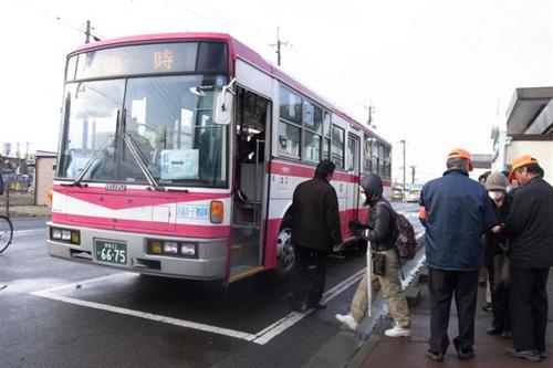 ... ミヤコーバスの臨時バス